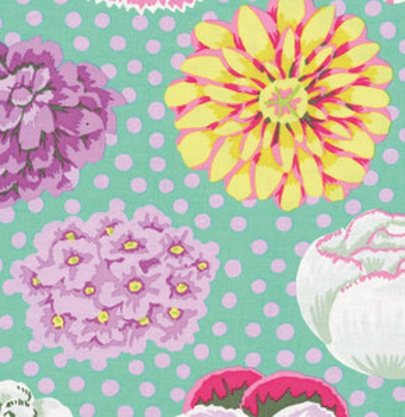 BIG BLOOMS Green GP91 Kaffe Fassett Sold in 1/2 yd increments