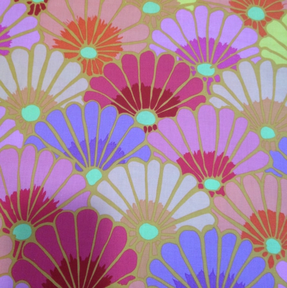 THOUSAND FLOWERS Pink Kaffe Fassett PWGP144 Sold in 1/2 yd increments