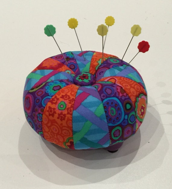 "4"" TUFFET PINCUSHION - Full Kit w/pattern by  Sew Colorful"