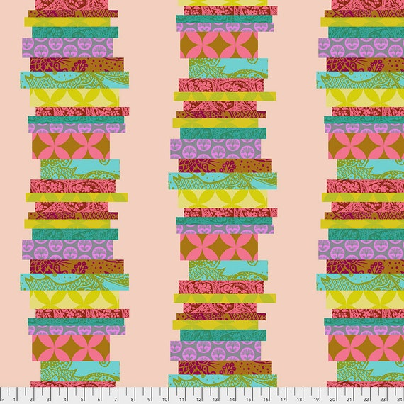 THE CLASSICS GUAVA - Anna Maria Horner   - 1/2 yd units  Multiples cut as one length