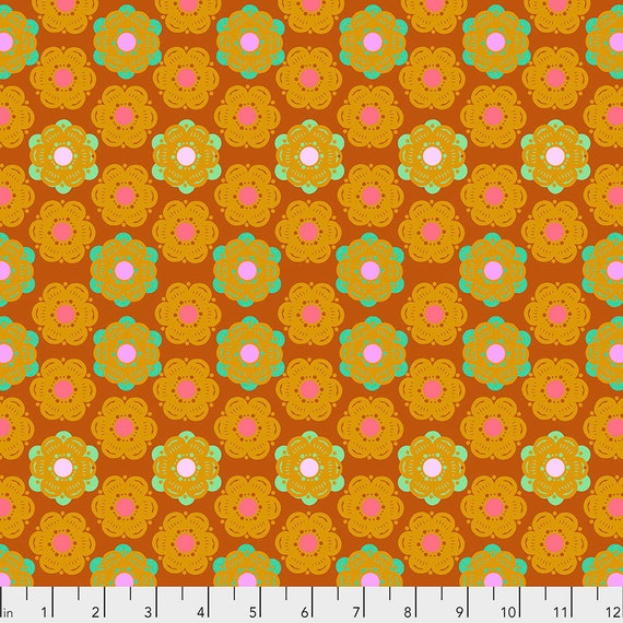 HONEYCOMB SUNSET - Anna Maria Horner - Sold in 1/2 yd increments  - Multiples cut as one length