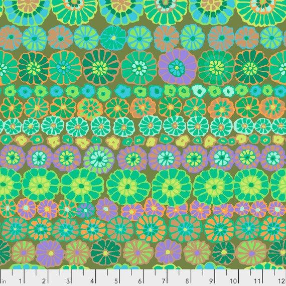 ROW FLOWERS GREEN Kaffe Fassett PWGP169  1/2 yd - Multiples cut continuously