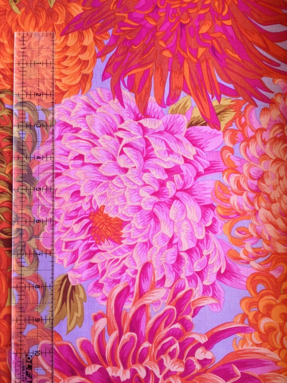 JAPANESE CHRYSANTHEMUM PINK Fall 2015 Philip Jacobs for Kaffe Fassett Collective  1/2 yd - Multiples cut continuously