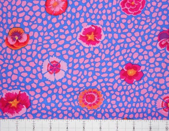 GUINEA FLOWER GP59 Pink by Kaffe Fassett  1/2 yd - Multiples cut continuously