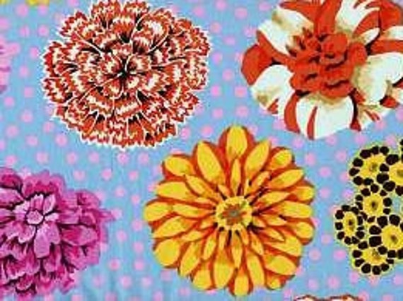 BIG BLOOMS Duck Egg GP91 Kaffe Fassett  1/2 yd - Multiples cut continuously