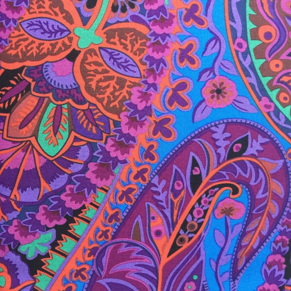 PAISLEY JUNGLE  Purple  gp60 Kaffe Fassett sold in 1/2 yard increments