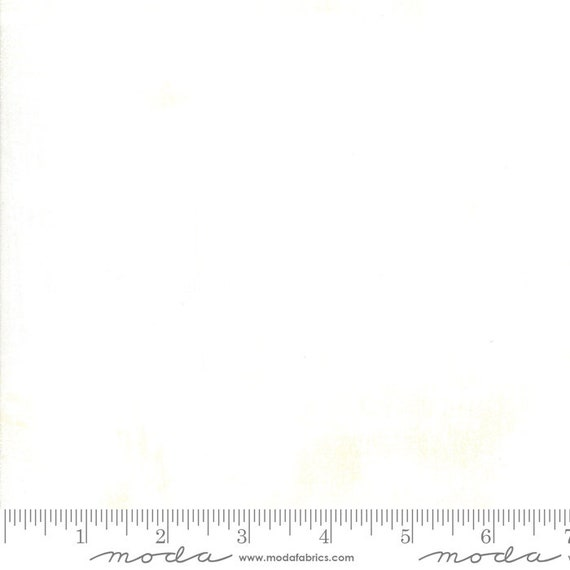 increments GRUNGE Basic EGGSHELL WHITE Moda Basics 30150 531 - Sold in 1/2 yd increments - Multiple half yards cut as one length
