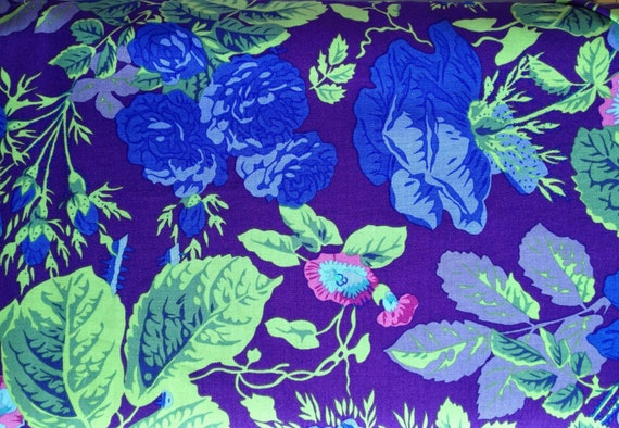 GRADI FLORAL PURPLE Philip Jacobs Kaffe Fassett Collective  1/2 yd - Multiples cut as one length