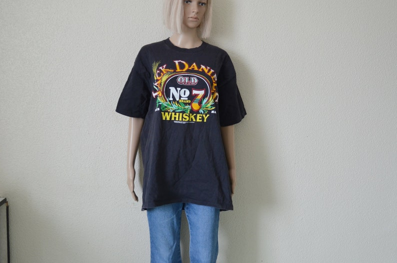c8aab7b93 Jack Daniels Tshirt Vintage 90s tee Black Old Sour mash   Etsy