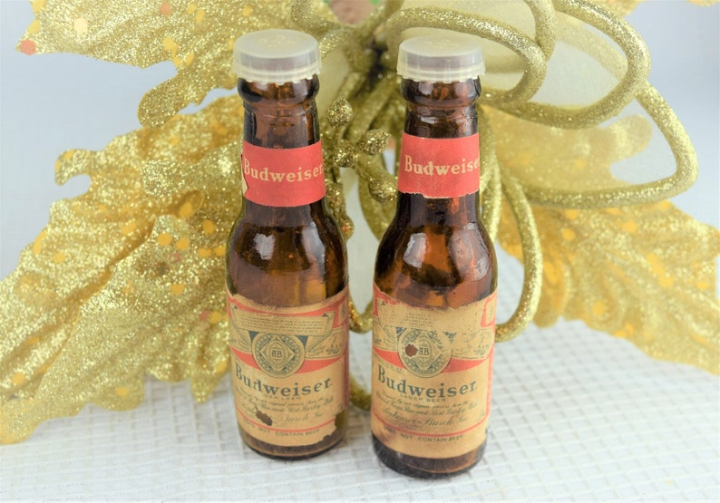 Vintage Budweiser Salt and Pepper Shakers Mid Century Amber image 0