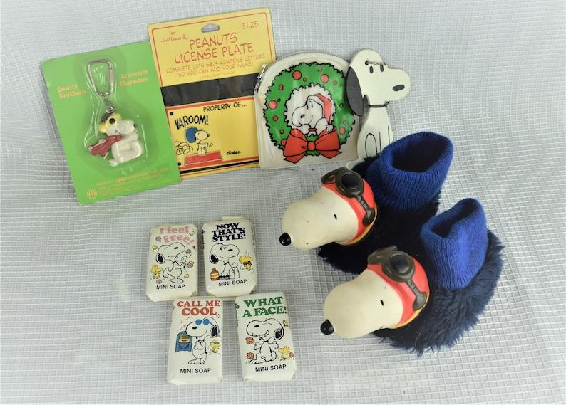 Vintage Snoopy Assortment Peanuts Gang Houseshoes Change Purse image 0