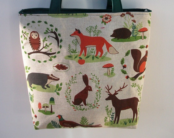 woodland animals tote bag, animal lover gift, zippered tote, zippered shoulder bag, gift for mum, book bag, long handled tote,
