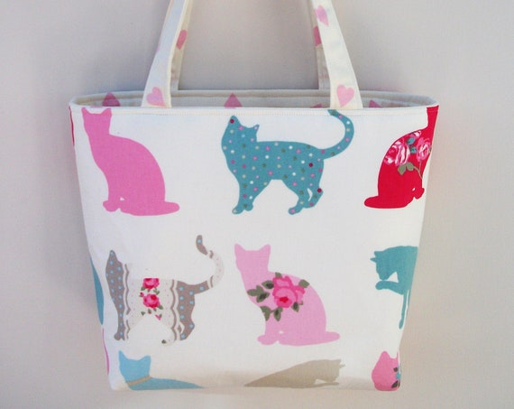 Cat themed bag, medium sized tote bag animal theme, Cat fabric tote bag, cat sitter gift, Gift for cat lover, Cat bag gift