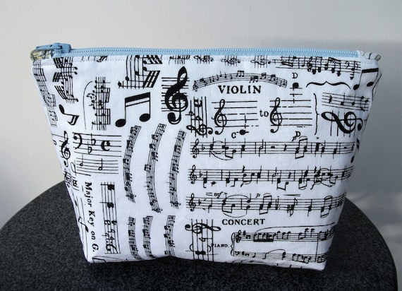 Make up purse in music fabric, Gift for musician, Music fabric purse, Coin purse, musician gift, violinist gift, Small make up purse,