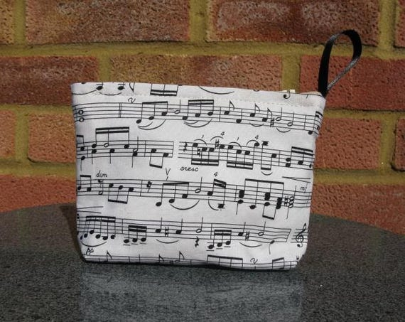 Make up purse in music fabric, Gift for musician, Music fabric purse, Coin purse, musician gift, piano teacher gift, Small make up purse