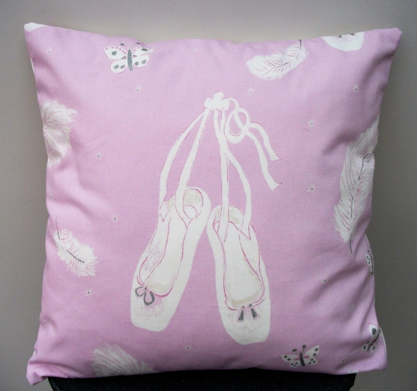 ballerina cushion cover, ballerina pillow, ballet dancer gift, ballerina gift, ballet decor, gift for her, gift for ballet lover