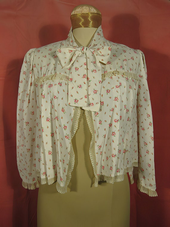 1940s Bed Jacket with Rose Print