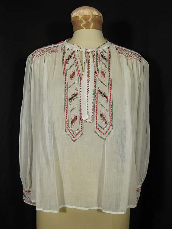 1940s Embroidered Peasant Blouse BOHO Hippie