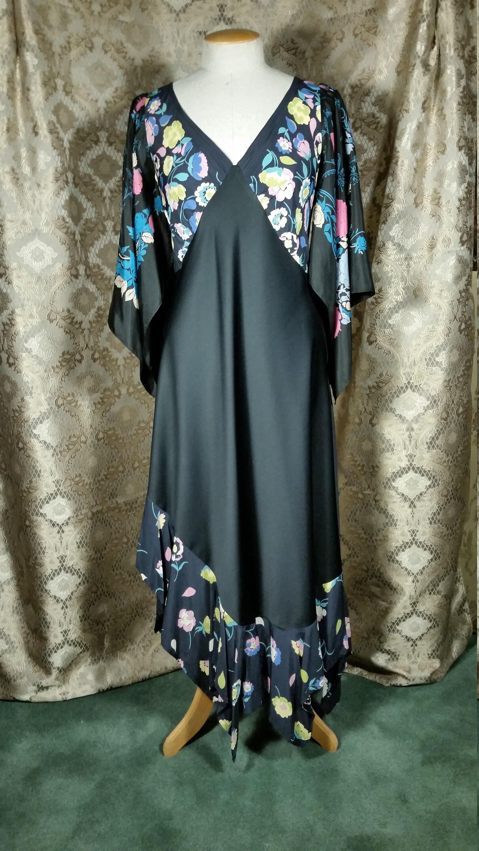 Vintage Scarf Styles -1920s to 1960s 1970S Patchwork Boho Dress Vintage Fabric By Ellen Mackay $165.00 AT vintagedancer.com