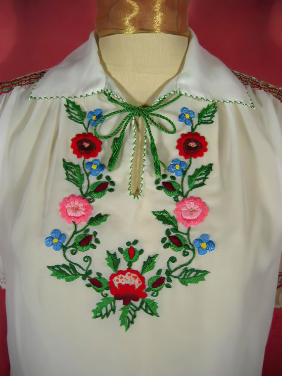 60's Embroidered Peasant Blouse Hungarian - image 2