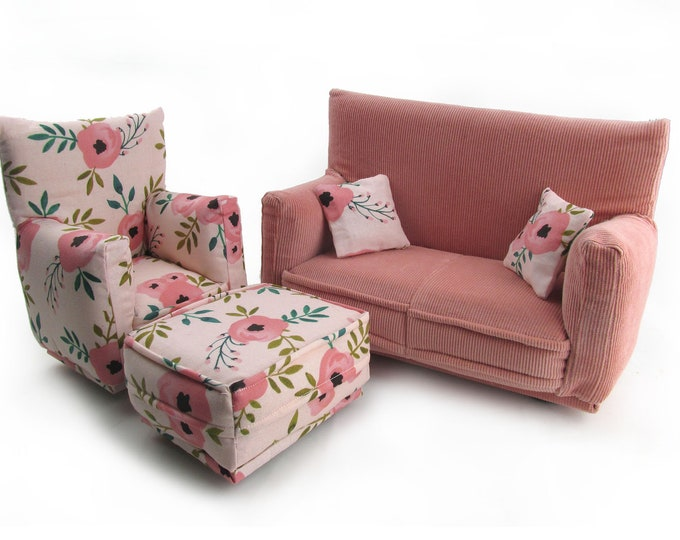 Barbie Doll Living Room Furniture 5-PC Play Set-1:6 scale-Pale Pink Flower print with pillows works w/ Blythe and any 11 inch fashion doll