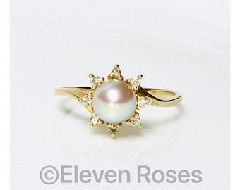 Na Hoku 585 14k Gold Pearl & Diamond Ring Free US Shipping