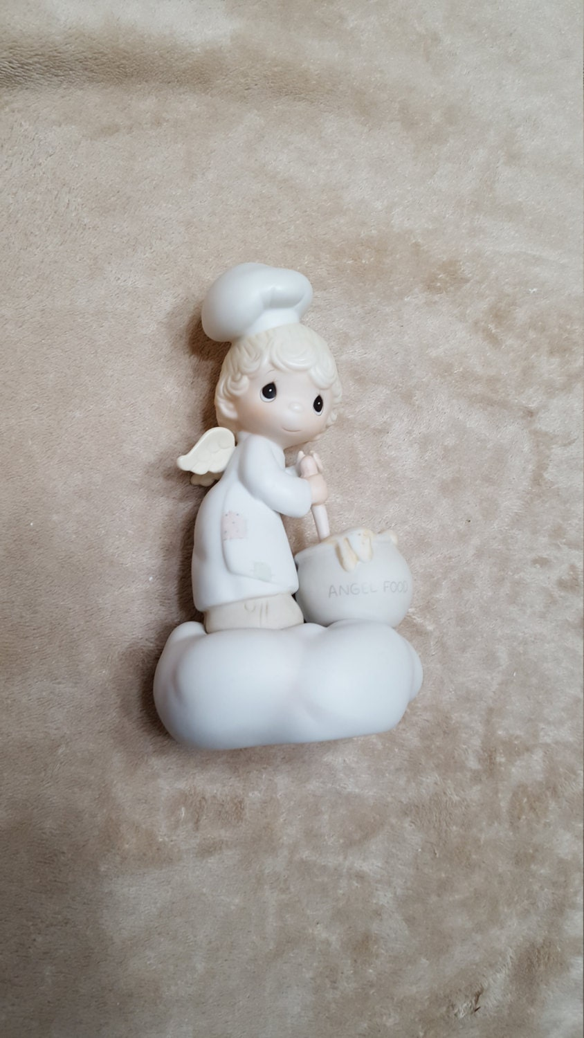 Vintage Enesco Precious Moments #E9274 \u2018Taste And See That The Lord Is Good\u2019 1982 Figurine Collectible