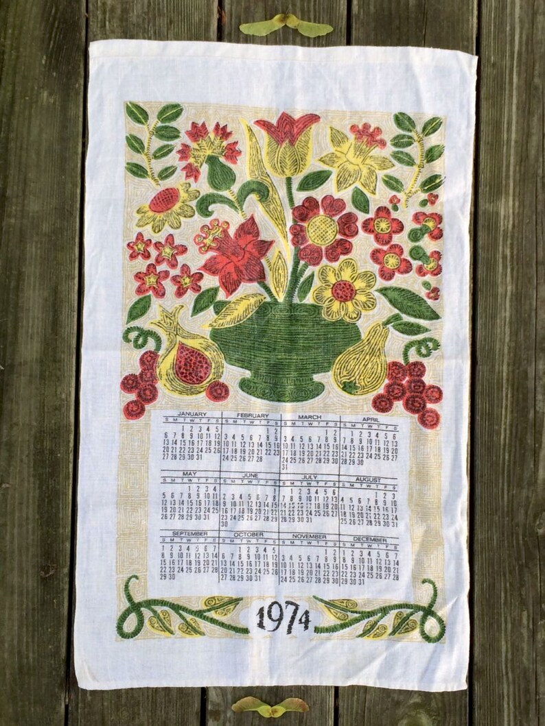 Vintage dish towel 1974  Calendar motif  Linen tea towel image 0