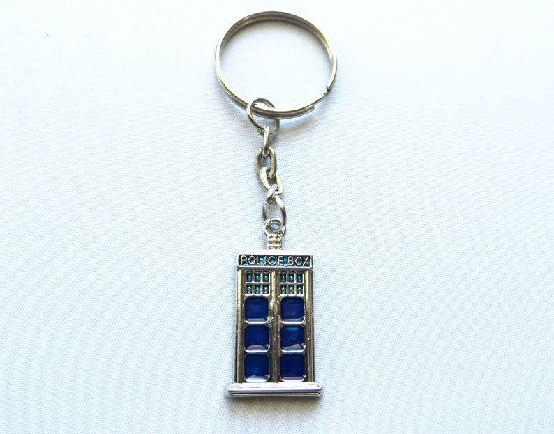 Blue Police Call Box Key Chain Doctor Time Lord Accessory