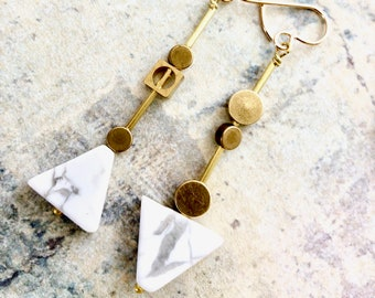 Mismatched triangle drop earrings, gray and white marbled stone earrings, geometric earrings, contemporary jewelry, architectural earrings
