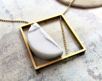 Framed Half Moon Necklace, Abstract Moon Necklace, Square half circle woven chain necklace, geometric necklace, Marble Jewelry
