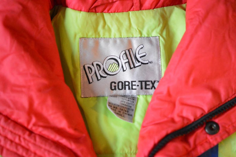 Unisex Small Relaxed Fit RAD Neon Vintage Ski Jacket Gore-Tex Profile Hot Tub Time Machine 80s Ski Wear Gear Insulated Coat Winter