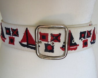Vintage White Wide Nautical Novelty Belt with Sailboats Size 36 Large