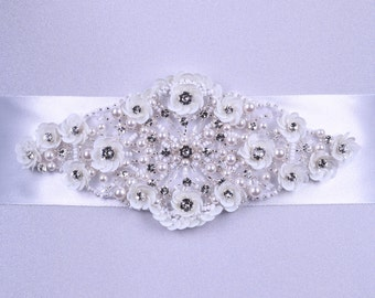 Wedding belt, Bridal belt, Pearl belt, Rhinestone belt, Sash Belt, Wedding Accessory, Bridal Accessories, Swarovski ckystals belt