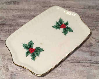 Small Vintage Christmas dish, Lefton Christmas Dish, Christmas Holly and Berries, Red, Green and White, Small Candy Tray, Taiwan, Porcelain