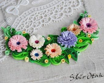 Rose collier de fleurs blanc et bleu, collier Floral, cadeau pour maman,  cadeau pour anniversaire, collier d été, bijoux colorés, SbirOtak 03fd8d25394