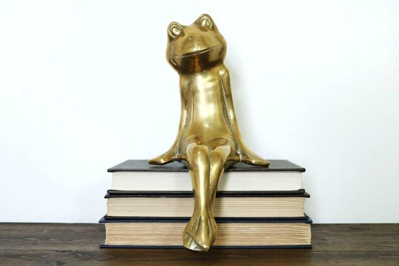 Vintage Frog Figurine Statue Home Garden Decor Collectible Animal Shelf Sitter
