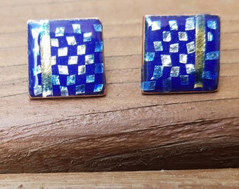 Checkerboard cuff links