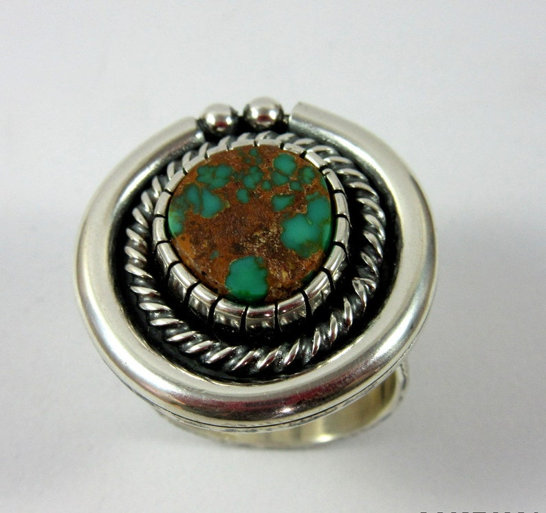 Pilot Mountain Turquoise and Sterling Silver Ring Size 7. image 0