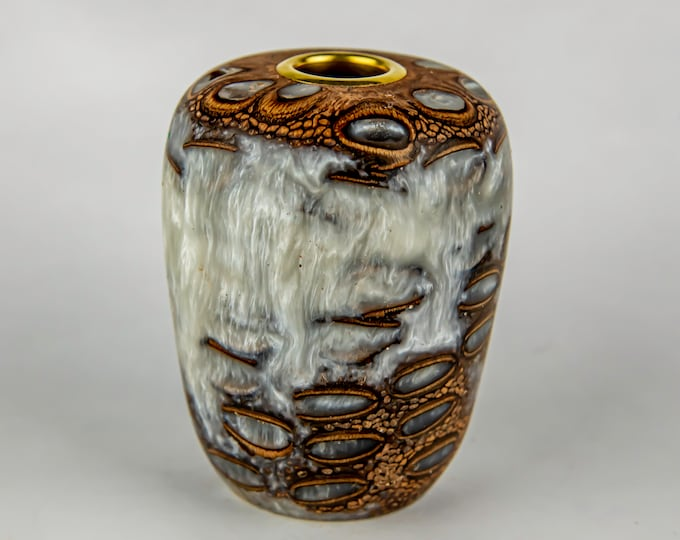 tea light, candles, candleholders, lights, lighting, home and living, banksia seed pod from Australia, dyed epoxy resin, tp631