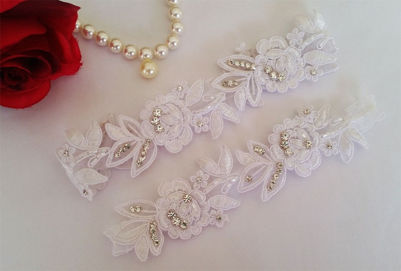 Wedding White Lace Elastic Ruffled bridal garter Rhinestone Garter wedding garters bridal garter Floral lace garter Keepsake Toss Garter Set