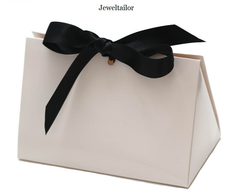 Black or White Satin Ribbon 16cm 6.3 1 Small White Luxury High Gloss Handbag Style Gift Box With interchangeable Red
