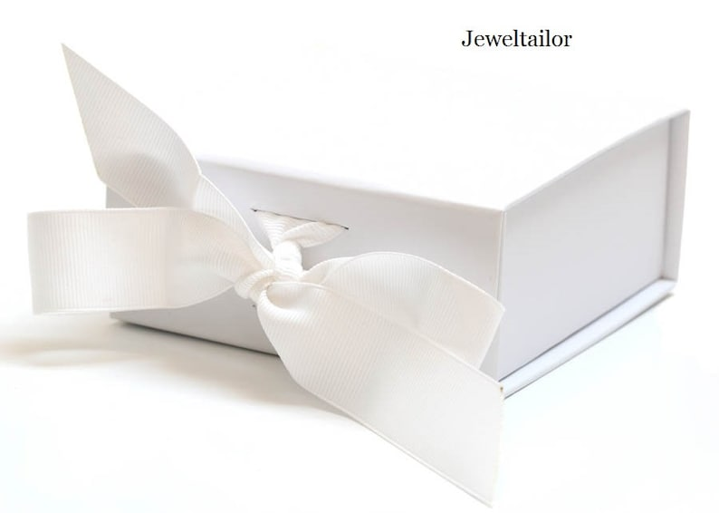 New 1 Luxurious Small White Grosgrain Ribbon Tie Gift Box 11cm 4 3 Inches An Ideal Gift Jewellery Or Presentation Box