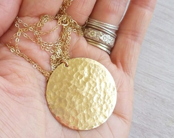 Gold round disc necklace, XL hammered disc necklace, Large gold disc necklace, girlfriend wife gift, Hawaii Jewelry, silver coin necklace