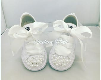 All white Leather Childrens Pearl Converse / kids converse / Leather Converse/  Vintage  / Unique sneakers / pearl chucks / bling converse