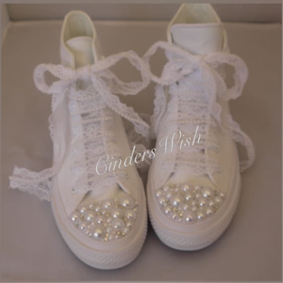 All white Pearl name and Pearl detail New edition Chuck 2  4f0e13f14