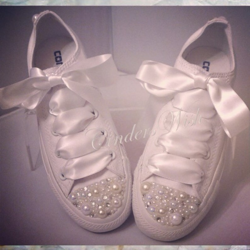 buy online 077df 642e5 Pure White Pearl Converse   bridal converse   wedding   Etsy