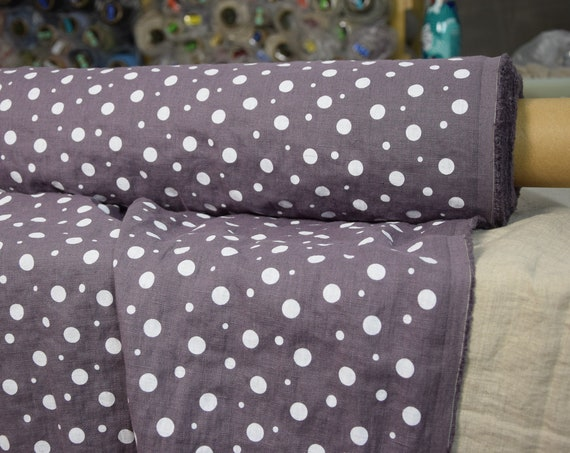 Pure 100% linen fabric Gloria Dimmed Lilac Dotted 190gsm. White pattern dots different sizes on grayish-lilac background. Washed-softened.