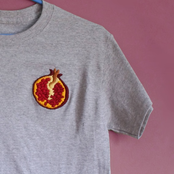 Pomegranate T-shirt (Hand-embroidered) A2OInQmp