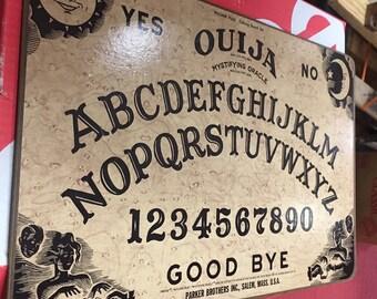 Vintage 1972 Ouija Mystifying Oracle William Fuld Talking Board Set Parker Brothers Salem Massachusetts Ghosts Spirits Halloween Haunted